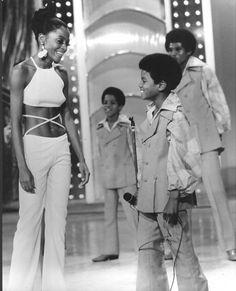 いいね!38件、コメント2件 ― The Jacksonsさん(@retro.jacksons)のInstagramアカウント: 「The Jackson 5 with guest host Diana Ross and on The Hollywood Palace, aired on October 18, 1969.…」