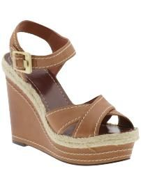 Cute wedges for spring/summer. Perfect with shorts.