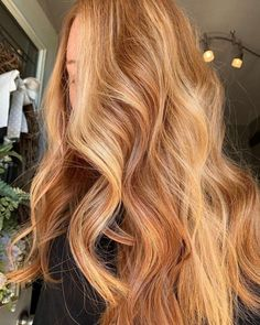 Copper Blonde Hair, Warm Blonde Hair, Blonde Hair Looks, Ginger Hair Color, Strawberry Blonde Hair Color, Hair Color And Cut, Red Hair Inspo, Hair Affair, Aesthetic Hair