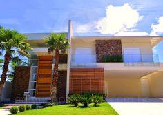 Casa em Condominio 6 Dormitórios no Jardim Acapulco, Guarujá, São Paulo, SP. Acesse o site!