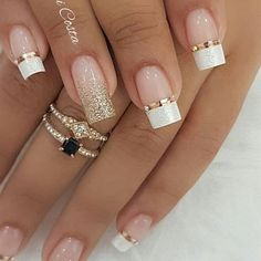 100 Beautiful wedding nail art ideas for your big day - wedding nails bride nails nail art romantic nails pink nails inspiration Simple Nail Art Designs, Winter Nail Designs, Gorgeous Nails, Pretty Nails, Beautiful Nail Art, Romantic Nails, Wedding Nails Design, Nail Wedding, Winter Wedding Nails