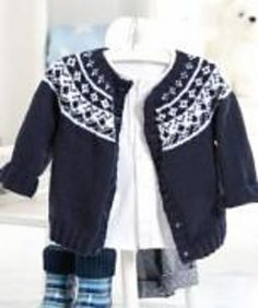 Baby Fair Isle Yoke Cardigan pattern Site with free knitting and crochet patterns Crochet Jacket Pattern, Cardigan Pattern, Baby Cardigan, Baby Fair, Pull Jacquard, Fair Isle Knitting Patterns, Knitted Baby Clothes, Baby Knits, Knitting For Kids