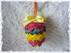 artyčok-artichoke Artichoke, My Works, Decoupage, Christmas Ornaments, Holiday Decor, Home Decor, Scrappy Quilts, Xmas Ornaments, Homemade Home Decor