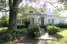 TIMELESS…ORIGINALLY BUILT IN 1905…this charmer was built in the 1900's with a Victorian Manor Style and sets on a corner lot in Quitman, GA. Step back in time with me as we enter through the front door into the spacious parlor with plenty of room to entertain or simply do life with a family. Beautiful hardwood floors throughout. Each closet in the bedrooms are completely made of cedar. The interior is in the process of being renovated. The kitchen has updated appliances inc...