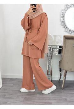 Modest Fashion Hijab, Modern Hijab Fashion, Hijab Casual, Hijab Fashion Inspiration, Muslim Fashion, Fashion Outfits, Women's Casual, Emo Fashion, Modest Wear