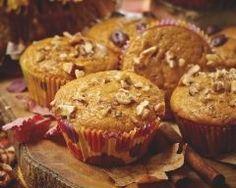 Muffin au potiron et aux noix : http://www.cuisineaz.com/recettes/muffin-au-potiron-et-aux-noix-65384.aspx