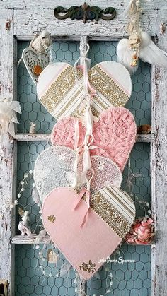 Valentine hearts, vintage wire hearts, wire lace hearts, pink and gold heart, vintage hearts, wedding and nursery decor, shabby chic #Shabbychic