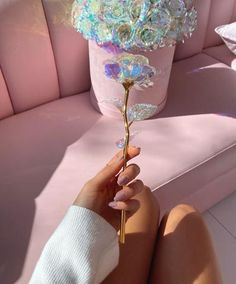 Galaxy Rose – Dose of Roses Cristal Rose, Fleurs Diy, Rose Arrangements, Luxury Flowers, Magical Jewelry, Pink Love, Leaf Design, Pink Aesthetic, Rose Petals