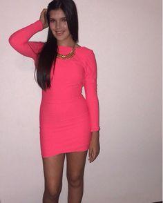 Clienta feliz con su vestido de licra colombiana de Pink Flamingo México <3 Consíguelo en una de nuestras 3 sucursales en GDL, nuestras redes sociales o whatsapp al 044 3316044531.