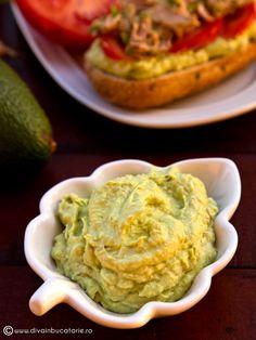 RETETE CU AVOCADO | Diva in bucatarie Guacamole, Cooking Recipes, Mexican, Ethnic Recipes, Food, Diet, Salads, Chef Recipes, Essen