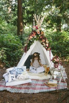 Little Gem Woodland Shoot | theglitterguide.com