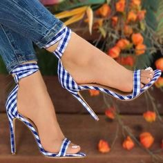 d15bae9a76 Sestito 2018 Marca Designer Sapatos Mulher Elegante Gingham Lace-up de Salto  Alto Tira No Tornozelo Sandálias Das Senhoras Peep Toe Tampa Saltos Sapatos