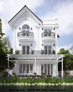 Mặt sau biệt thự 3 tầng NETBT3T1 Bungalow House Design, House Front Design, Neoclassical Architecture, Facade Architecture, Best House Plans, Dream House Plans, Beautiful Buildings, Beautiful Homes, Casa Retro