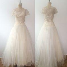 1950s wedding dress / vintage wedding dress / by nocarnations