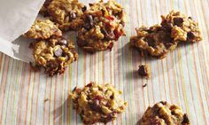 Banana–Oat–Chocolate Chip Cookies I SpryLiving.com
