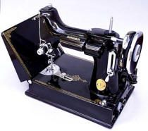 Best Cars For Women, Featherweight Sewing Machine, Antique Sewing Machines, Black Rims, Old Singers, Sewing Rooms, Sewing Hacks, Sewing Tips, Step By Step Instructions