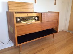 Mid century modern Grundig SO 380 stereo console made in West Germany - still sounds beautiful, vacuum tube radio, warm sound Mid Century Modern Couch, Mid Century Modern Kitchen, Radios, Modern Chairs, Midcentury Modern, Modern Record Player, Record Players, Modern Entertainment Center, Entertainment Furniture