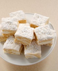 Salted Caramel Swirl Marshmallows are delicious vanilla marshmallows swirled with rich, salty caramel. - Bake or Break