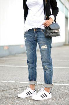 Resultado de imagen de adidas superstar with jeans