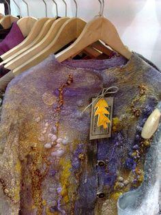 Nuno Felting, Needle Felting, Fabric Painting, Fabric Art, Textile Fiber Art, Felting Tutorials, Handmade Felt, Fabric Manipulation, Felt Art