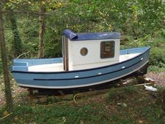 Rufus Motor Cruiser Plans - Hobbies paining body for kids and adult Wooden Boat Plans, Wooden Boats, Yacht Design, Boat Design, Speed Boats, Power Boats, Motor Cruiser, Glass Boat, Boat Projects