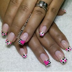 Having short nails is extremely practical. The problem is so many nail art and manicure designs that you'll find online Funky Nail Art, Long Nail Art, Crazy Nail Art, Pedicure Nail Art, Nail Manicure, Gel Nails, Fancy Nails, Love Nails, Pretty Nails
