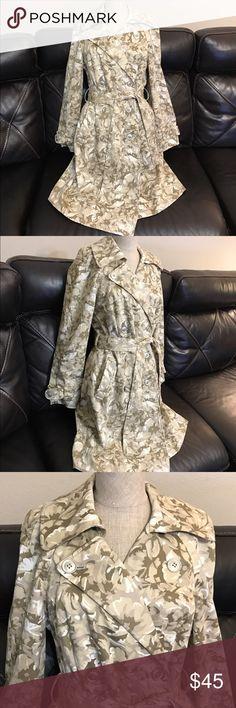 """New York & Co"" Floral Trench Coat women's Sz 6 New York & Company trench coat with a cute, girly, Floral pattern throughout in cream, tan, light olive, and white colors. Comes with a removable, adjustable matching waist tie in a woman's size 6. Always Accepting Offers!!! New York & Company Jackets & Coats Trench Coats"