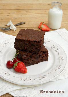 #BROWNIES dal cuore morbido, ricetta originale americana, assolutamente PERFETTA! Un #dolce velocissimo al quale non potrete resistere #fudgy #chewy #chocolate #foodporn #cioccolato #gialloblogs #america #best #dessert #easy