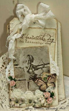From Anne Kristine Skouborg Holt in Norway. Anne's paper fun Tag kort - Pion design
