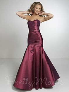 Shop long prom dresses and formal gowns for prom 2020 at PromGirl. Prom ball gowns, long evening dresses, mermaid prom dresses, long dresses for prom, and 2020 prom dresses. Long Prom Gowns, Mermaid Prom Dresses, Bridal Dresses, Strapless Dress Formal, Mermaid Skirt, Formal Dresses, Brown Bridesmaid Dresses, Beautiful Bridesmaid Dresses, Bridesmaids