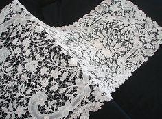 Maria Niforos - Fine Antique Lace, Linens & Textiles : Antique Lace # LA-229 Circa 19th C. Exquisite Brussels Duchesse Shawl