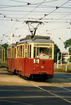 Konstal N motor car no linie 6 to Pomorzany, Szczecin. Pomorzany was previously known in German times as Pommerensdorf. Trains, Train Light, Public Transport, Uk Transport, S Bahn, Bonde, Electric Train, Light Rail, Bus Station