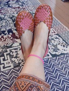 Zapatos artesanales de Púrpura Pansa en Short Cuts.