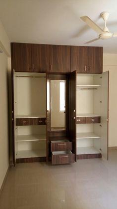 Wardrobe Interior Design, Wardrobe Door Designs, Wardrobe Design Bedroom, Room Design Bedroom, Bedroom Furniture Design, Home Interior Design, Luxury Wardrobe, Cama Design, Bed Design