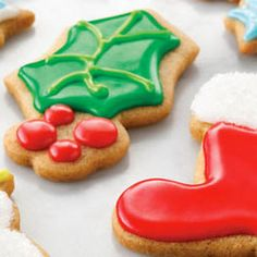 These #almond #holiday #sugarcookies are just like Mom used to make! Try the recipe here: #Christmascookies #holidaybaking