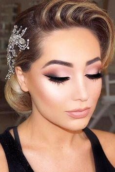 Bridesmaid Makeup Bridal glam▫️ matte mauve tones and glowy skin ▫️ upcoming 4 day master … Wedding Makeup Tips, Bridal Hair And Makeup, Prom Makeup, Wedding Hair And Makeup, Wedding Beauty, Hair Makeup, Eye Makeup, Bridal Beauty, Vintage Wedding Makeup