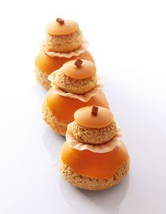 "Religieuse caramel beurre salé  ""Best Of Christophe Michalak"" Editions Alain Ducasse"