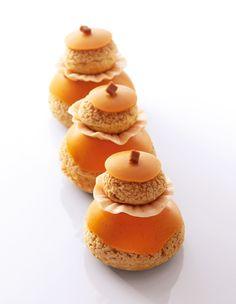 "Religieuse caramel beurre salé  ""Best Of Christophe Michalak"" Editions Alain Ducasse"