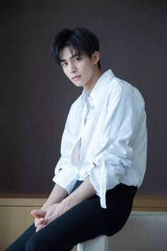 Asian Men Hairstyle, Ulzzang Hairstyle, Kpop Hairstyle, Song Wei Long, Boy Models, Jiyong, Chinese Boy, Asian Actors, Handsome Boys