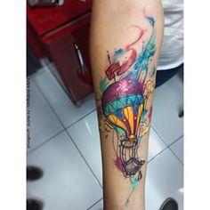 Um brinde as cores  -Balão Tattoo -Watercolor Style.  #Tattoo #TattooArt #watercolor #watercolortattoo #ferod #art #artist #aquarela #aquarelatattoo #balão #balãotattoo #inkedmag #supportgoodtattooers #equillatera #uktta #the_inkmasters #thebesttattooartists #tattooistartmagazine #electricink #usoelectricink