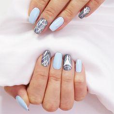 Delikatny Blue Tide i białe wzory na 3D Holo Effect / paznokcie hybrydowe / holograficzne paznokcie / NeoNail