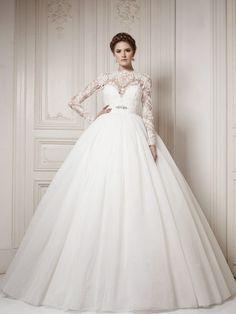 """Képtalálat a következőre: """"winter wedding dress"""""""