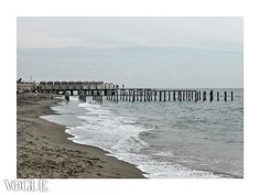 Winter | Beach | http://www.vogue.it/photovogue/Portfolio/947d93e6-7428-40d4-ab94-1f9d5908cf89/Image