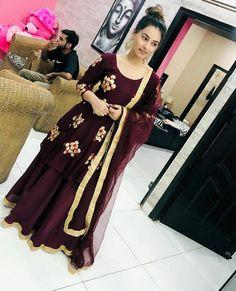 @manidrehar❤ Punjabi Suits Party Wear, Party Wear Indian Dresses, Designer Party Wear Dresses, Kurti Designs Party Wear, Dress Indian Style, Indian Wedding Outfits, Kurta Designs, Indian Outfits, Blouse Designs