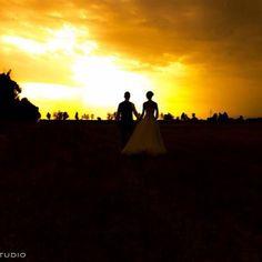......in tema con questo caldo ! tramonto infuocato! #luigirota#emotion#wedding#photographer#tramonto#sunset#fotografo#matrimonio#fotorotastudio#matrimonio#weddinglecco#bestphotos#sposi#sposa#atmosfera