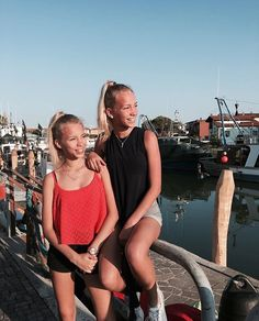 Lisa and Lena ♡
