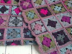 Granny square crochet blanket 2011 (1)