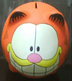 Alcancia Cat Piggy Bank, Pig Bank, Boss Light Year, Coil Pots, Cute Gifts, Wood Crafts, Projects To Try, Pottery, Hand Painted