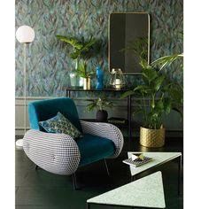 Roi du confort, fan des fifties, le fauteuil Watford ravira les amateurs de mobilier vintage.