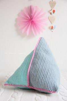 Pyramid crochet cushion by IDA Interior LifeStyle
